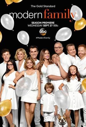 摩登家庭第九季 海报